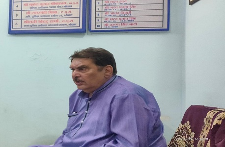 Raza Murad arrives to record statement in pyare miyan case