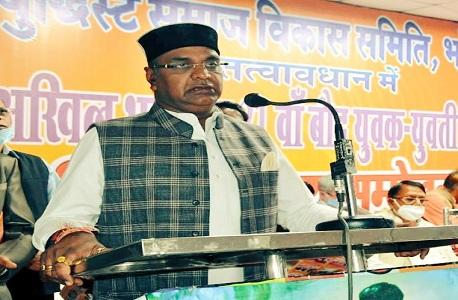 minister Vishvas Sarang